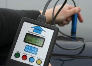 Miernik lakieru MGR-1-S-FE - pomiar samochodu